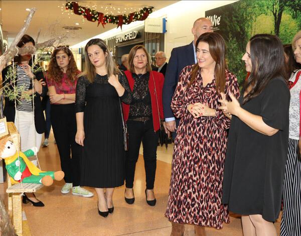 Exposição no La Vie destaca trabalho dos voluntários da Região