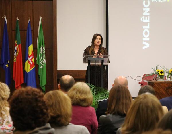 Governo Regional reforça medidas de combate à violência doméstica