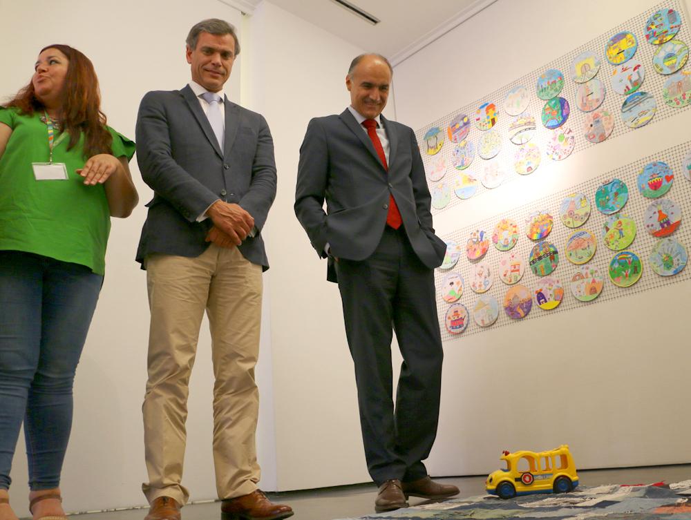 """1500 pequenas obras mostram """"Um mundo para eu morar"""""""