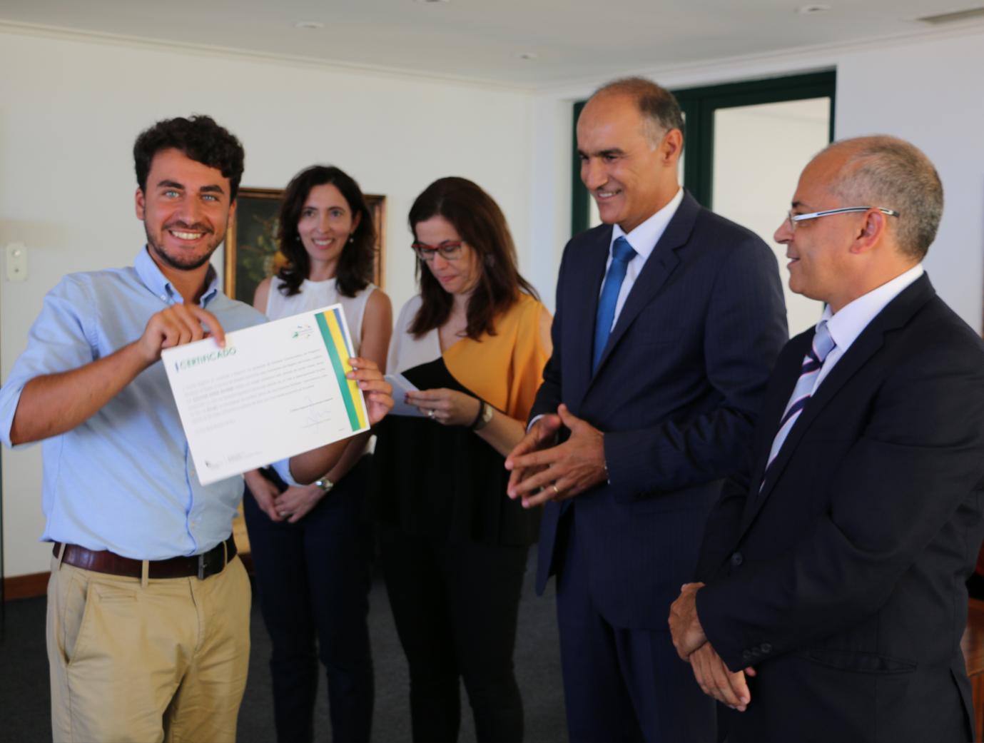 Eurodisseia certifica dez jovens estagiários