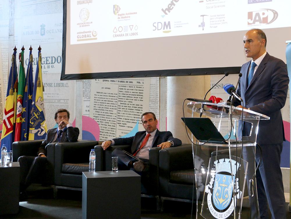 """""""Competitividade e Sustentabilidade do Espaço Insular"""" impõem reflexão"""