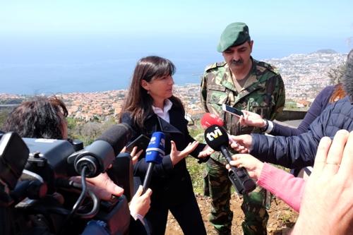 Governo faz limpeza de terrenos com a colaboração da equipa de sapadores do Exército
