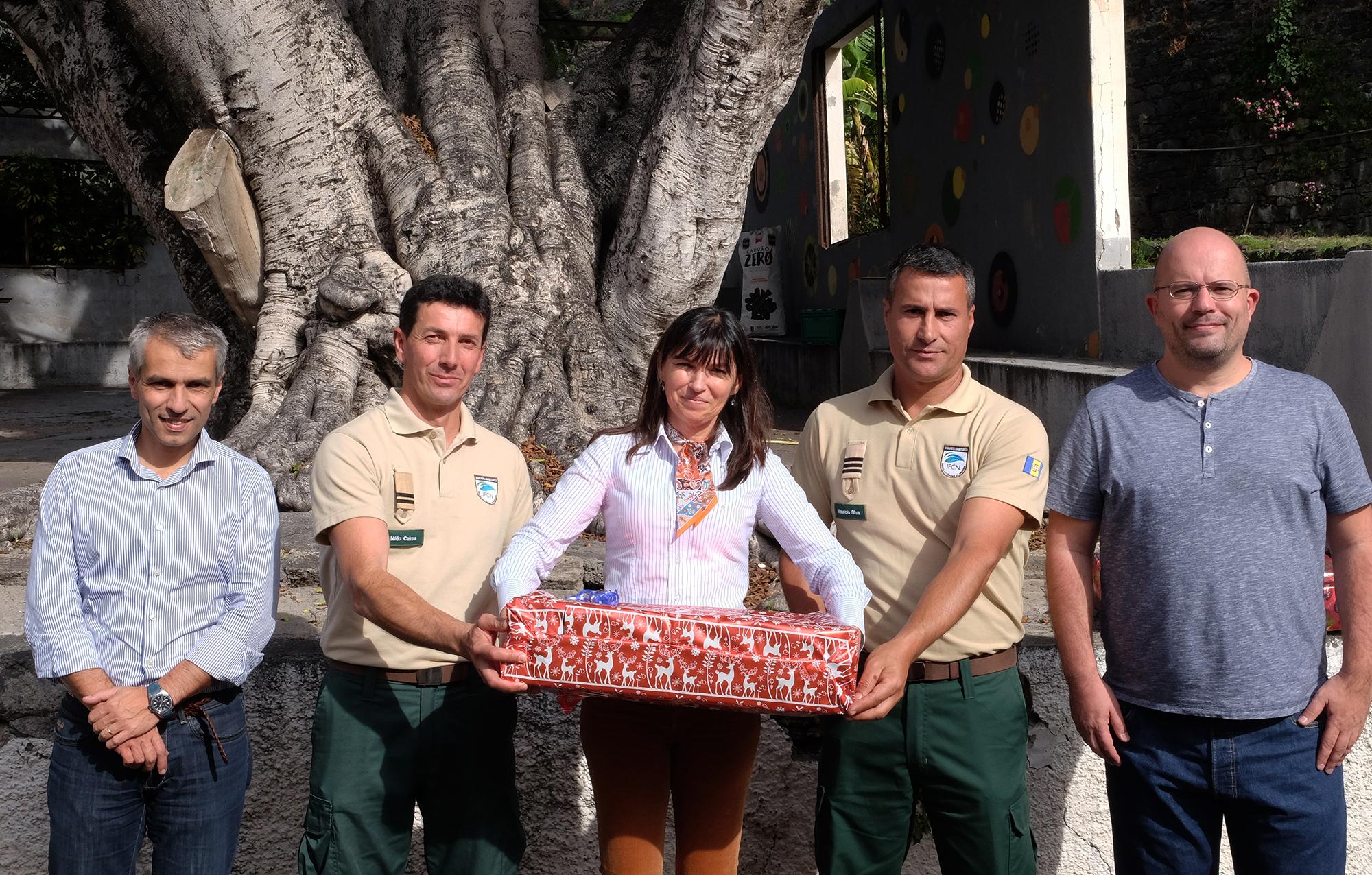 Vigilantes da Natureza das Selvagens e Desertas agraciados com cabaz de Natal