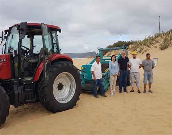 Governo investe em equipamento para assegurar limpeza da praia do Porto Santo