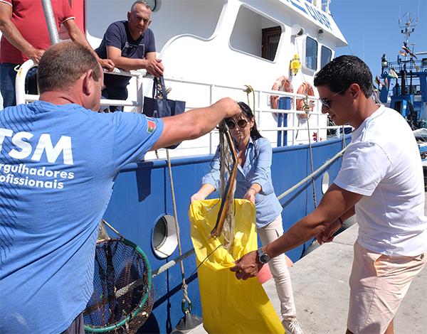 Governo sensibiliza profissionais do setor da pesca para o combate ao lixo marinho