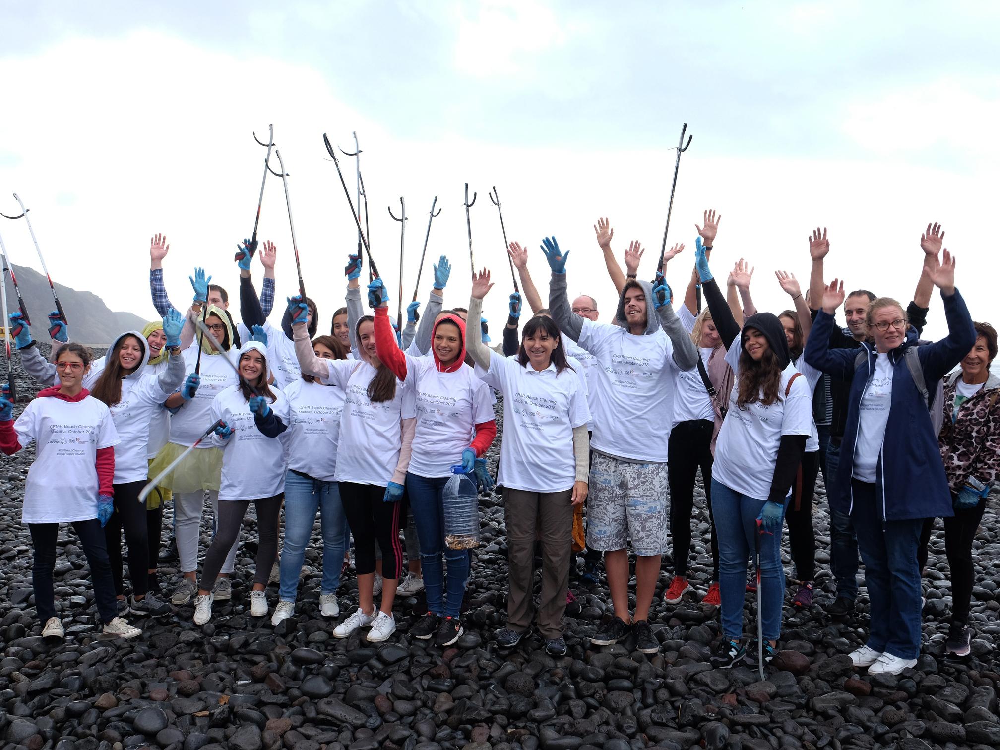 Governo apresenta resultados no combate à poluição marinha