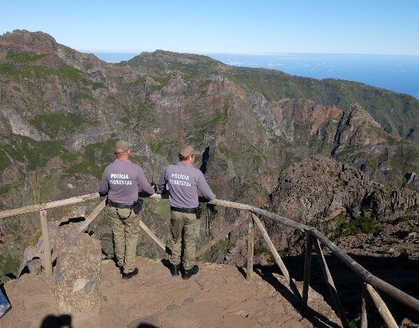 Polícia florestal com vigilância permanente às serras da Região