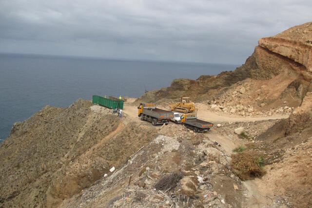 Ambiente limpa e requalifica vazadouro no Porto Santo
